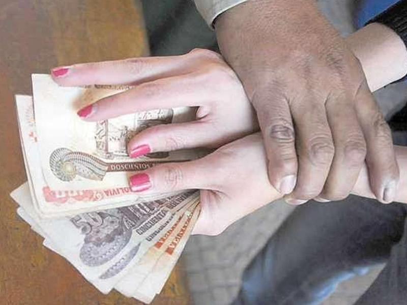 Alto n mero por violencia econ mica hacia mujeres for Costruzione domestica economica